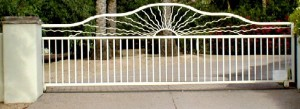 Automatic, wrought iron sliding gate